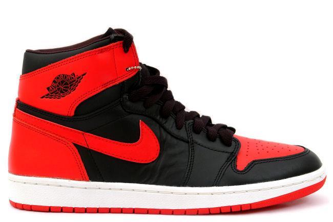 e652f3a08e43 Kixclusive - Air Jordan 1 Retro 2001 Black   Red