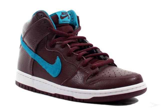 d538cf777666 Kixclusive - Nike SB Dunk High Burgundy   Aquamarine