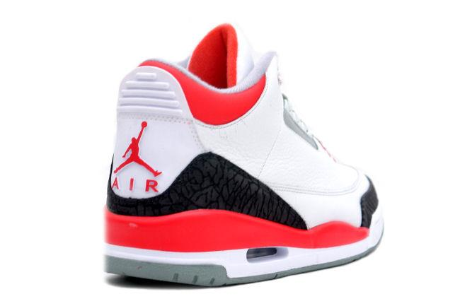 sports shoes 9684f 17be6 Air Jordan 3 Retro 2006 White / Fire Red