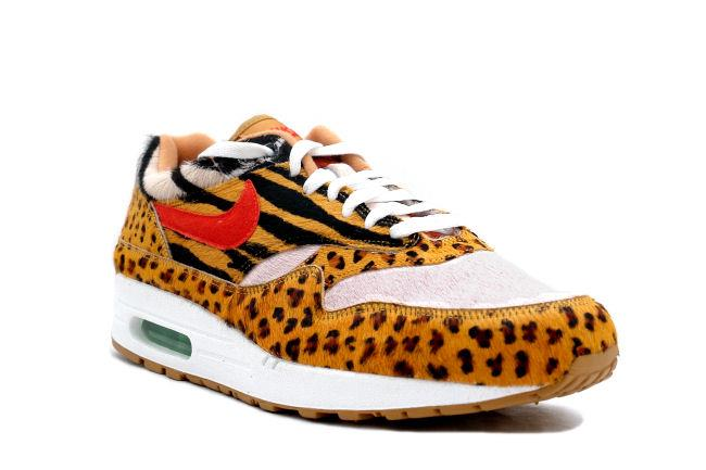 Info: This Air Max 1 Supreme was a collaboration with Tokyo Atmos stores.  The print on the uppers include, leopard, zebra, pig, and horse.